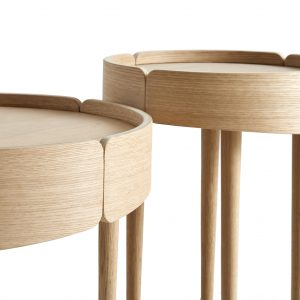 Woud small skirt coffee table / natur