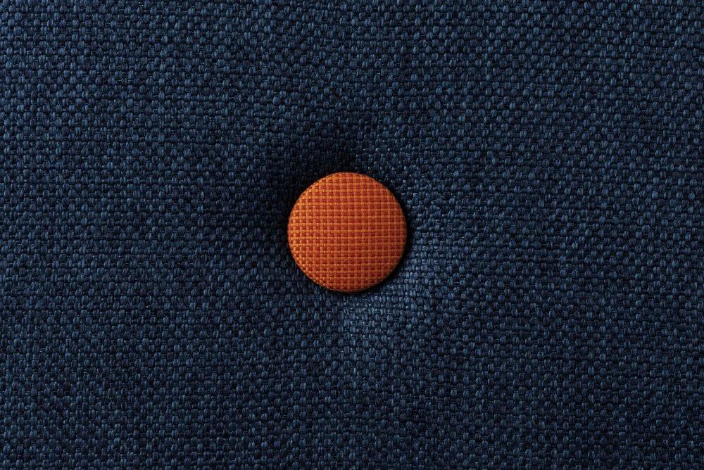 5bcea9c013b9 By KlipKlap 3 fold XL foldemadras mørkeblå   orange · By ...
