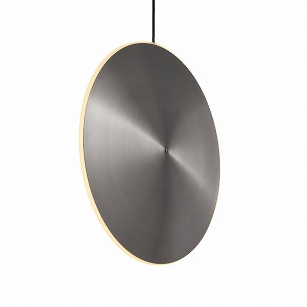 Graypants Chrona Dish 17 Vertikal Pendel Børstet Stål